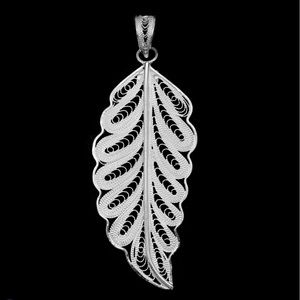 Jewelry - Bali Legacy Collection SterlingSilver Leaf Pendant